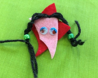 Felt brooch #9 - Free delivery to the UK