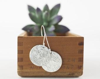 Floral Pattern Sterling Dangle Earring, Round Disc Earring, Sterling Silver Jewelry, Modern Botanical Earring, Round Dangle, Earthy, Artisan