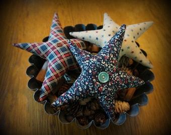 Primitive Americana Patriotic Star Ornies Bowl Fillers
