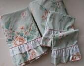 4 Piece Double Full Sheet Set by JP Stevens - Fifth Avenue Pastel Peach Flowers on Mint Green - Vintage Floral Bedding Linens