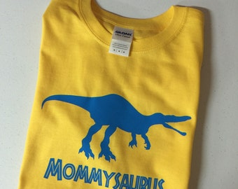 Personalized Mommysaurus or Grandmasaurus T-Shirt
