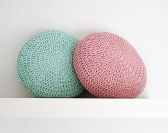 SET of 2. Crochet pillow. Crochet Round pillow. Crochet cushion. Coussin crochet. Cojin ganchillo. Crochet home decor. Nursery decor.