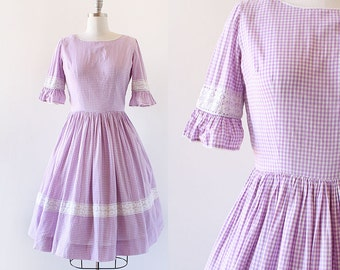 1950s Gingham and Lace Dress / 1950s Gingham Cotton Dress / Lavender Dress / Ruffle Sleeves / 1950s Day Dress /