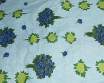 42 l. x 36 w., 1950's or older vintage floral roses Fruit of the Loom cotton fabric; teal turquoise, blue, yellow, green