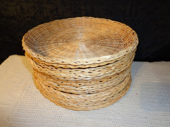 lot 12 10 wicker rattan bamboo paper plate holders. Black Bedroom Furniture Sets. Home Design Ideas