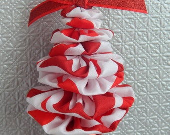 Red and White Wavy Stripe Tree Ornament