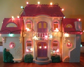 Vintage Fisher Price Loving Family Fold Up Folding Doll House Pink Purple Miniatures FP Toy Dollhouse Pretend Play