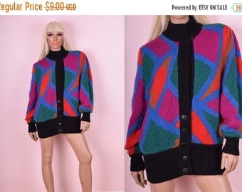 SUMMER SALE 80s Colorful Wool Sweater