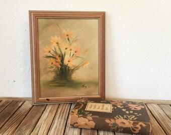 Vintage Floral Oil Paintng in Wood Frame