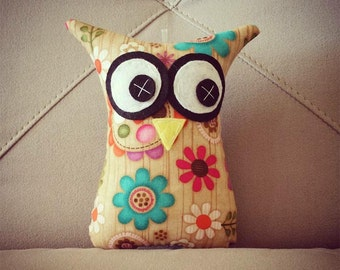 Owl Softies | Flowers on Wood Background | 18cm Owls | Baby | Girls | Gifts
