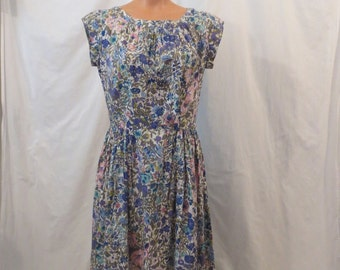 BOTANICAL BOUNTY floral day dress - full skirt - cotton sz M