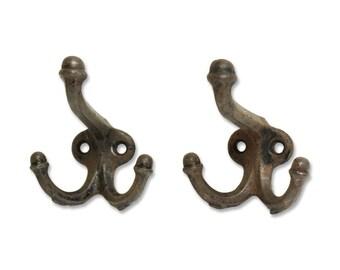 Set of iron two hooks