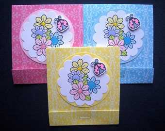 Set of 3 Colorful Flowers with Pink Ladybug Matchbook Post Its