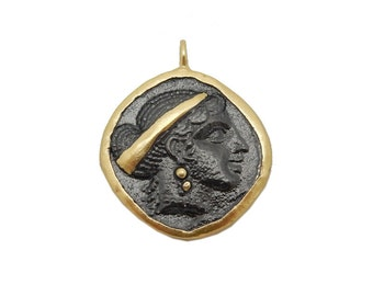 Silhouette Stamped Pendant- Black Toned Brass Charm Pendant with Gold Plated Edge BIC (S68B13-05)