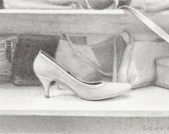 Miniature drawing, lost sole, pencil drawing of single shoe, graphite, art, fashion, pump