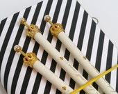 Cream Crown Planner Queen Pen