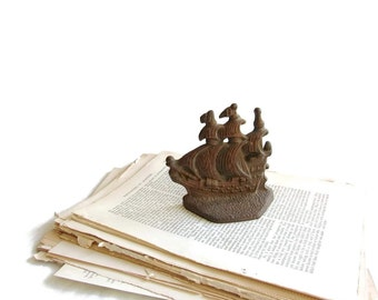 Vintage Bookend - Doorstop - Nautical Decor - Sailing Ship - Paperweight - Galleon - Cast Iron Doorstop - Vintage Home Decor