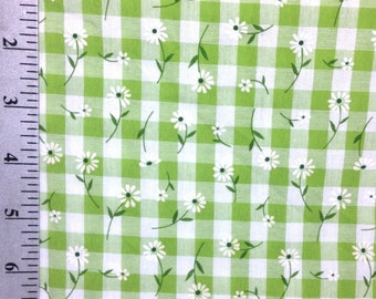 White Daisies Floral Fabric by the yard , White Flowers on Green Check Fabric , 100% Cotton Fabric by the yard