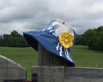 Gardening Sun Hat from Denim & Upcycled Kitchen Flour Sacks, Rustic Farmhouse Style, Gardener's or Retirement Gift, Cotton Lined for Summer