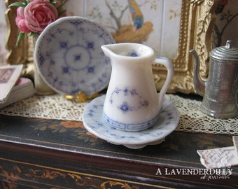 Blue Royal Jug for Dollhouse for Dollhouse Miniature 1:12 Scale