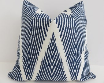 Ikat chevron pillow cover - Ikat blue Pillow - 16x16 Pillow cover- Zig zag pillow cover - Chevron blue pillow- Home decoracion