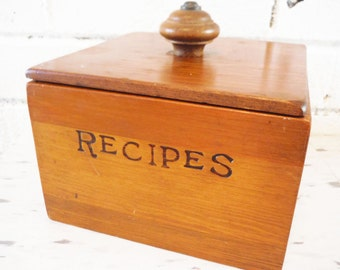 Large wooden recipe box index card file vintage lidded 3x5 retro kitchen decor chef gift