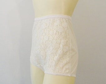 SALE Vintage Panties Panty 1950s 50s White Sheer Lace Sissy Panties Van Raalte All Nylon Made in USA Modern Small to Medium