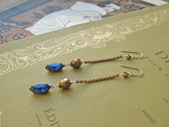Mitzi Nefertiti earrings...