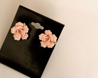 Vintage AVON Pink rose  Flower earrings # 670