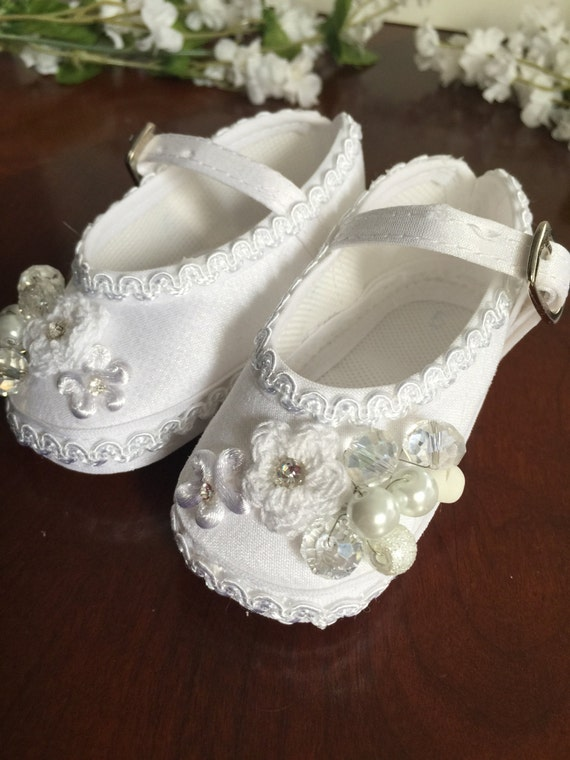 Baptism shoes Size 5 baby girl baptism shoes white shoes
