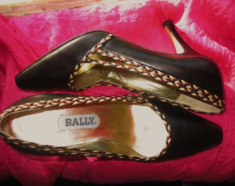 Amaizing Vintage BALLY Shoes Black Leather Classy High  Heels  Size 7M/37.5 Made in Italy