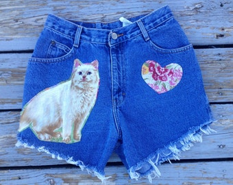 Upcycled vintage high waisted Gitano kitty cat cut offs