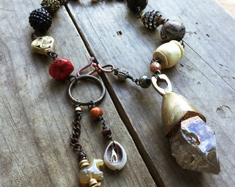 Tibetan quartz necklace, Amulet necklace,  Large quartz, rustic assemblage, Raw quartz necklace, Tribal beaded necklace, Statement necklace