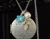 Long Silver Locket Leaf Pearl Necklace