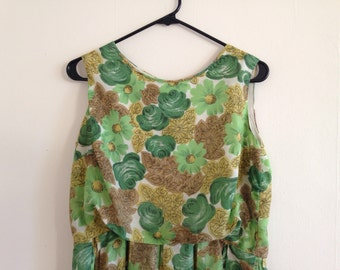 Green Floral 1970's Pleated Dress