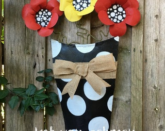 Summer Door Hanger, Aluminum Screen Red and Yellow Flowers in Black and White Polka Dot Pot with a Raffia Bow