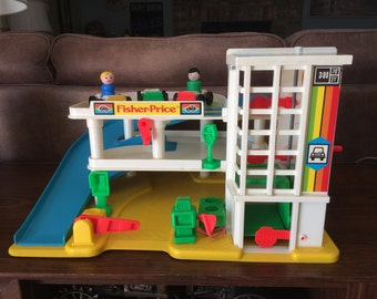 Fisher Price Little People Garage 2504 Model From 1987 to 1990 Includes Box and Some Accessories Vintage Little People Parking Ramp