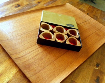 "1960's N.C.C. (National Crafts Council Japan) Bent Teak Tray (13-1/4"" W x 20"" L) + 6 Mid Century Otagiri Teak Napkin Rings in Original Box"