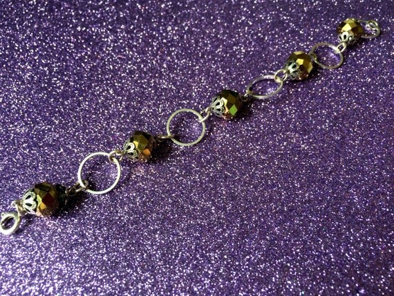 Gold coloured Crystal and Circle Bracelet approx 7 inches by JulieDeeleyJewellery on Etsy Ladies Modern Jewelry