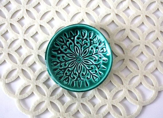 Trinket dish, jewelry holder.  Handmade ring dish with stamped pattern and emerald green glaze.  Scandi, patterned, bright, festive!