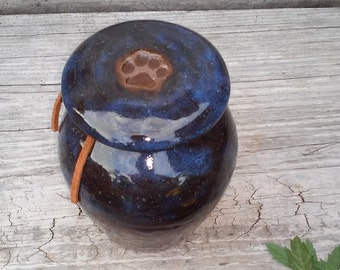 Pet Cremation Urn Cat Urn Small Dog Urn up to 25 lbs