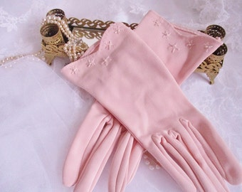 Vintage ladies nylon pink tea gloves, Made in Canada size 7, wristlet afternoon gloves with embroidered flowers at wrist, clean condition