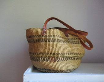 straw sisal purse woven bucket bag in clay earth tones tote purse summer Fashion Boho bucket bag Raffia Hobo market bag
