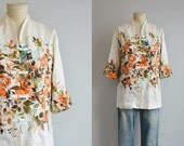 Vintage 1960s Hawaiian Shirt / 60s Stan Hicks Hawaiian Casuals Tropical Floral Border Print Tunic Top Blouse / Made in Hawaii