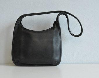 Vintage Coach Hobo Bag / 1980s Coach Black Leather Handbag Shoulder Bag
