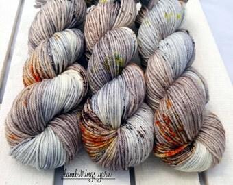Ewetopia Worsted, Hand dyed yarn, Superwash Merino Wool, 218 yds/ 100g: Kittiwake.
