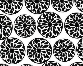 Night and Day - Robert Kaufman - Black and White - 1/2 half yard cotton quilt fabric