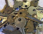 Vintage key collection lot