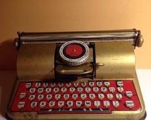 Vintage Berwin Tin Toy Children's Superior Typewriter
