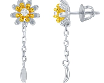 Small Loves Me Daisy  PostEarrings